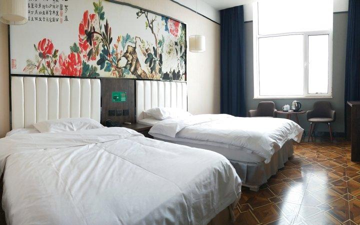 二连浩特五月龙城酒店
