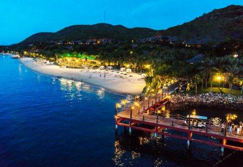 梅尔佩里汉潭度假酒店(MerPerle Hon Tam Resort)