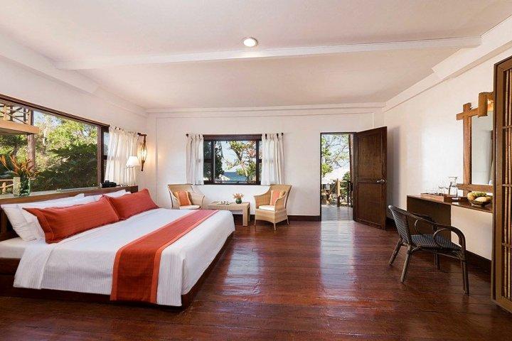 巴拉望俱乐部乐园度假村(Club Paradise Resort Palawan)