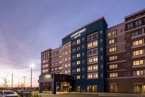 卡尔加里南部万怡酒店(Courtyard by Marriott Calgary South)