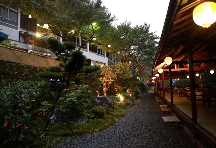 高尾山观光酒店(Takao Kanko Hotel)
