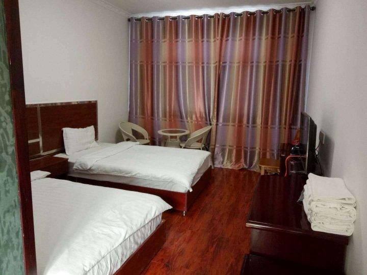 阿里普兰生态园大酒店