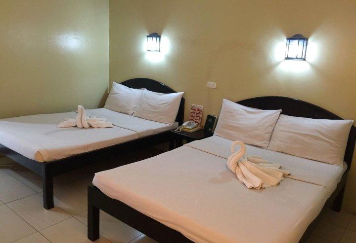 加西亚广场桑帕吉塔套房酒店(Sampaguita Suites Plaza Garcia)