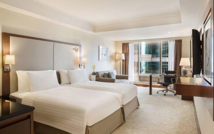 香港皇家太平洋酒店(The Royal Pacific Hotel and Towers)