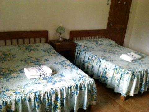 山顶小屋度假村(Hilltop Cottages & Resort)
