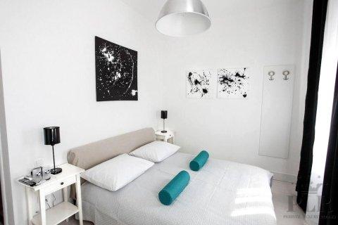沛里风格豪华酒店(Peristyle Luxury Rooms)