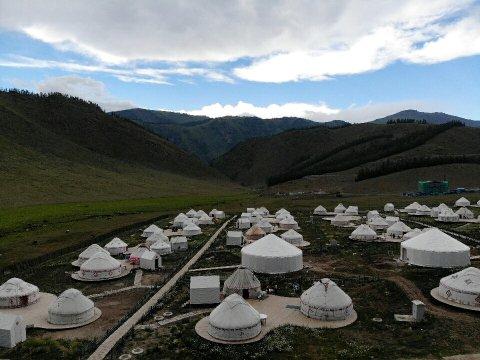 布尔津蒙古包住宿