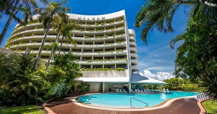 凯恩斯希尔顿酒店(Hilton Cairns Hotel)