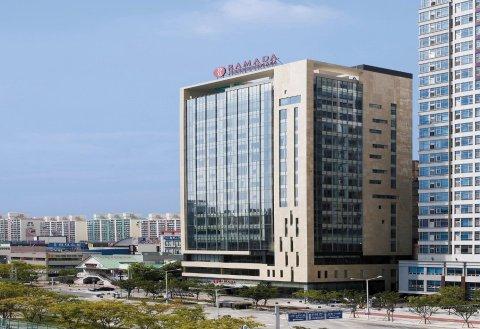 光州华美达广场大酒店(Ramada Plaza by Wyndham Gwangju)