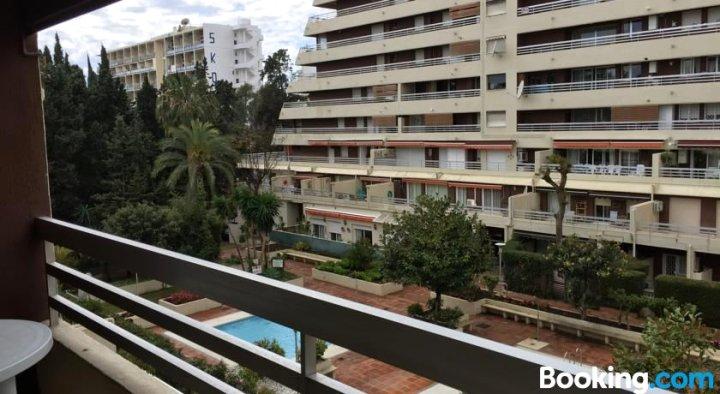 Parque Marbella Apartment