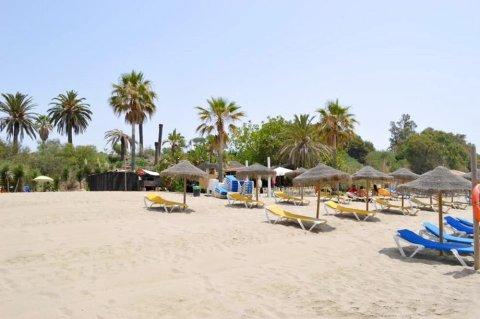 马贝拉棕榈民宿套房酒店 - 仅供成人入住(Casa Las Palmeras Suites Marbella - Adults Only)