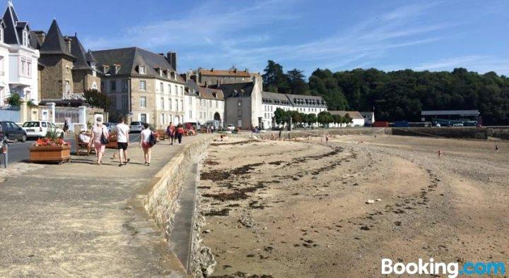 Studio Bord de Plage des Bas Sablons Saint Malo