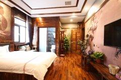 天津风尚雅居酒店