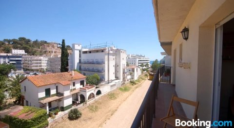 Lets Holidays Beautiful Apartment in The Center of Tossa de Mar