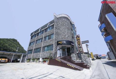 江陵正東津城堡汽车旅馆(Castle Motel Jeongdongjin Gangneung)