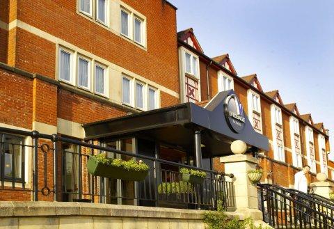 加帝夫乡村酒店(Village Hotel Cardiff)