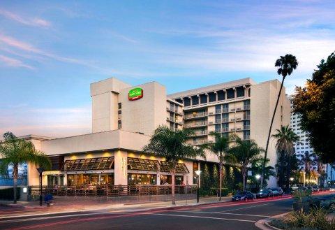 长滩市中心万豪酒店(Courtyard by Marriott Long Beach Downtown)