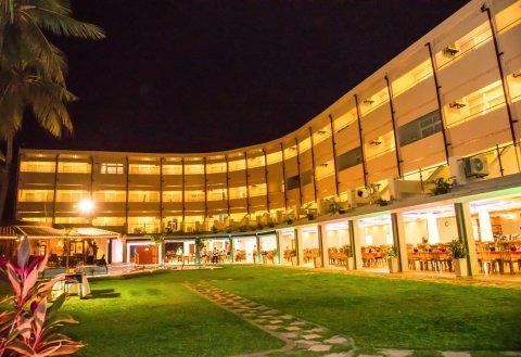 天堂海滩酒店(Paradise Beach Hotel)