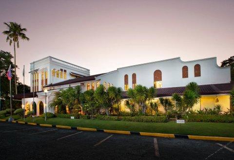 蒙特贝罗别墅酒店(Montebello Villa Hotel)