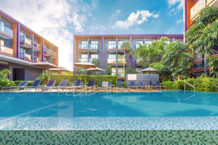 普吉岛芭东海滩中央智选假日酒店(Holiday Inn Express Phuket Patong Beach Central)