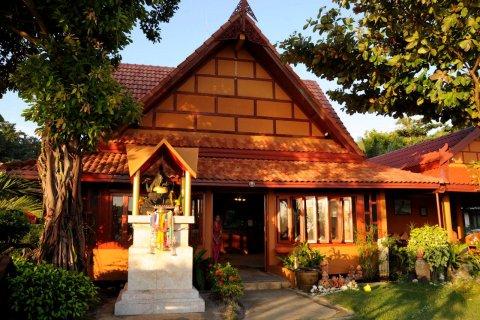 皮皮岛爱侣湾棕榈度假酒店(P.P. Erawan Palms Resort)