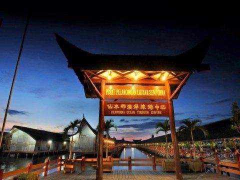 仙本那龙门客栈度假村(Dragon Inn Floating Resort Semporna)