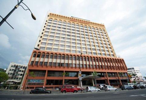 哥打京那巴鲁加雅中心酒店(Gaya Centre Hotel)