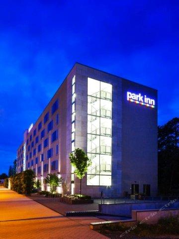 雷迪森法兰克福机场公园旅馆(Park Inn by Radisson Frankfurt Airport)