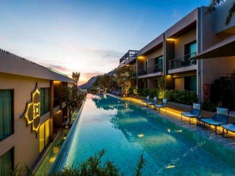 巴东山麦居酒店(Mai House Patong Hill)