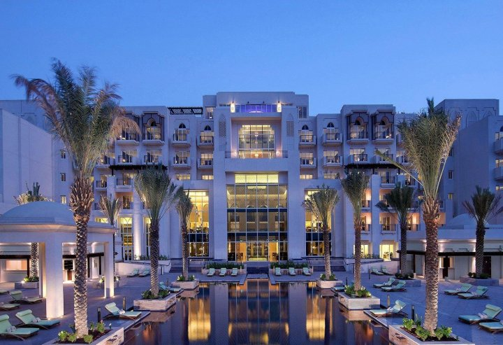 安纳塔拉东方曼格罗夫阿布扎比酒店(Anantara Eastern Mangroves Abu Dhabi Hotel)
