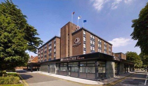 伦敦伊林希尔顿逸林酒店(DoubleTree by Hilton London – Ealing)
