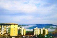 太白鳌山云端森林酒店