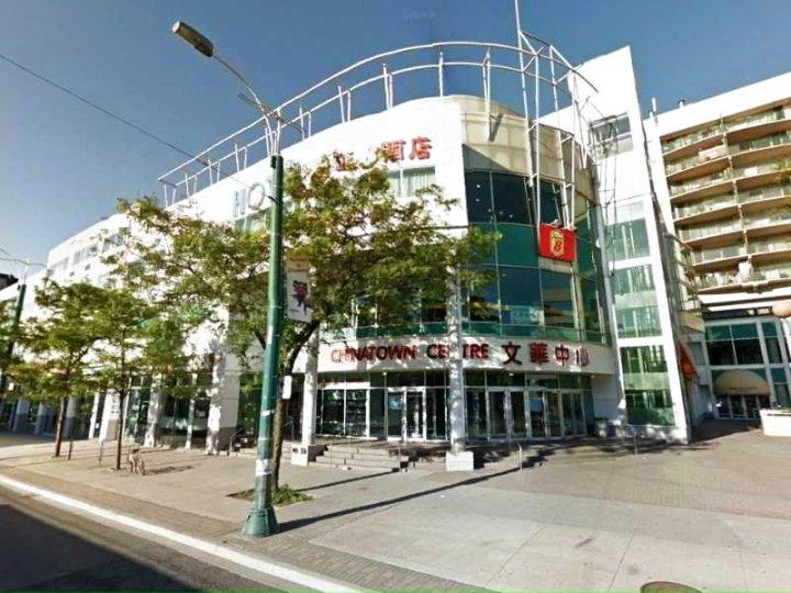 速8多伦多市区酒店(Super 8 by Wyndham Downtown Toronto)
