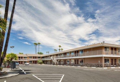 圣何塞机场酒店(San Jose Airport Inn)