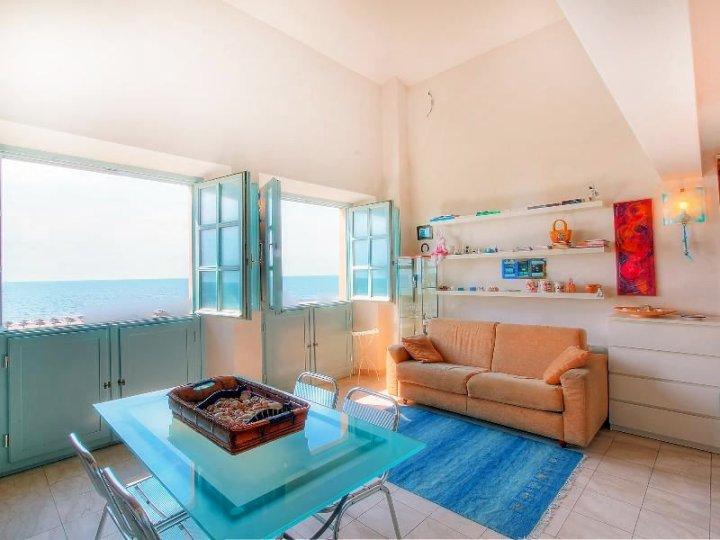 Suite 48 - One Bedroom
