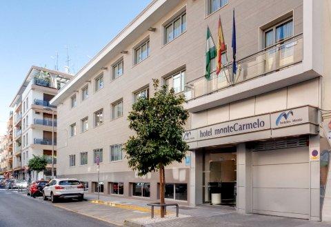 蒙泰特里亚纳酒店(Monte Triana)