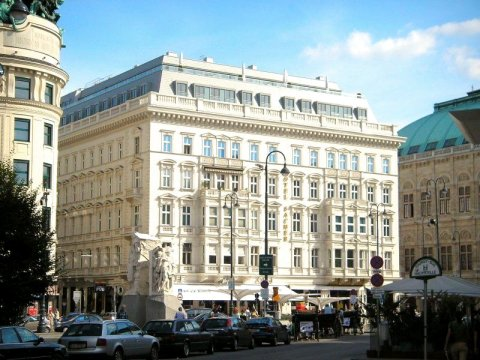 立鼎世酒店集团-维也纳萨赫酒店(Hotel Sacher Wien-The Leading Hotels of The World)
