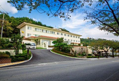 八公埃米利亚酒店(Palgong Emillia Hotel)