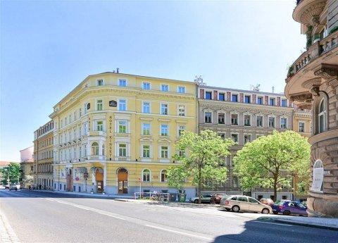 金斯基花园酒店(Hotel Kinsky Garden)