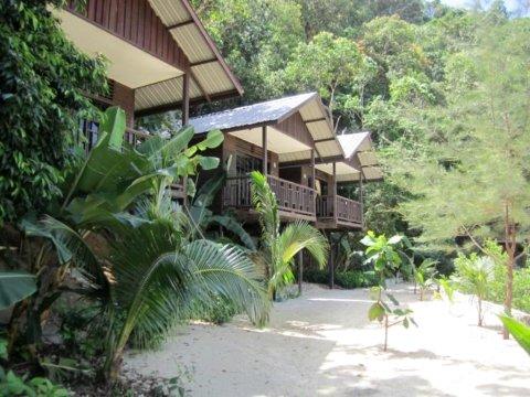 哥打京那巴鲁森博内岛度假村(Sunborneo Island Resort Kota Kinabalu)