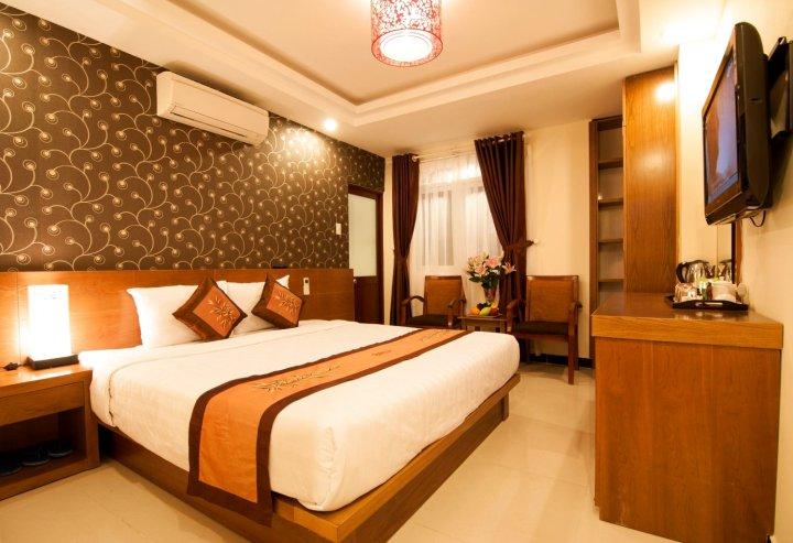 阿提卡酒店(Attica Hotel)