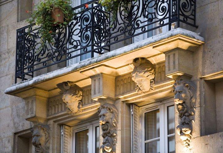乐诺巴纳斯峰酒店(Lenox Montparnasse)
