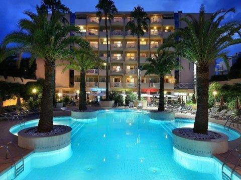 安提伯 - 瑞昂莱潘大使万豪AC酒店(AC Hotel by Marriott Ambassadeur Antibes - Juan les Pins)