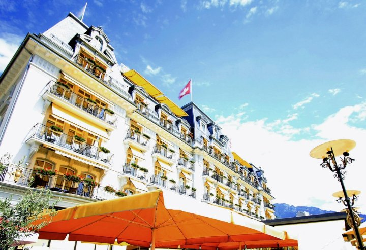 蒙特勒瑞士雄伟大傲途格精选酒店酒店(Grand Hotel Suisse Majestic, Autograph Collection)
