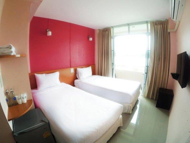 清孔绿河酒店(Chiangkhong Green River Resort)