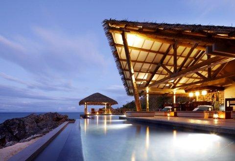 塔底莱岛度假酒店(Tadrai Island Resort)