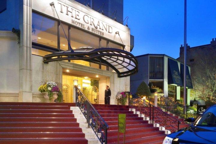格兰酒店和套房(Grand Hotel & Suites)