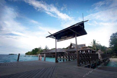 马达京彩瑚潜水度假村(The Reef Dive Resort)