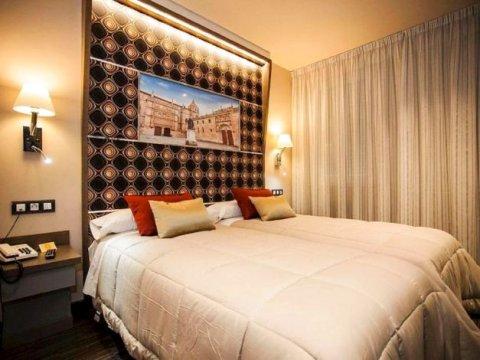 巴塞罗那旅馆(Hostal Barcelona)