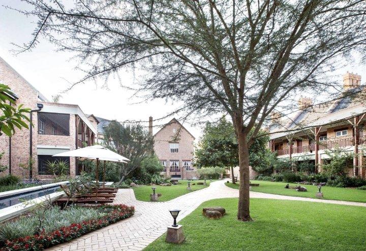 库特曼美丽城市酒店(Faircity Quatermain Hotel)